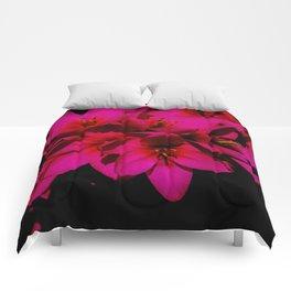 pink flowes Comforters