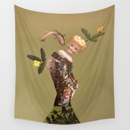 Old doll Wall Tapestry