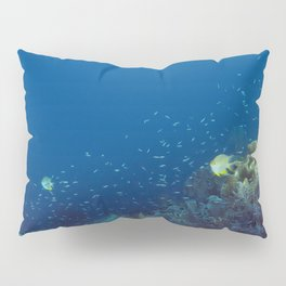 Small inhabitants of the Reef Pillow Sham