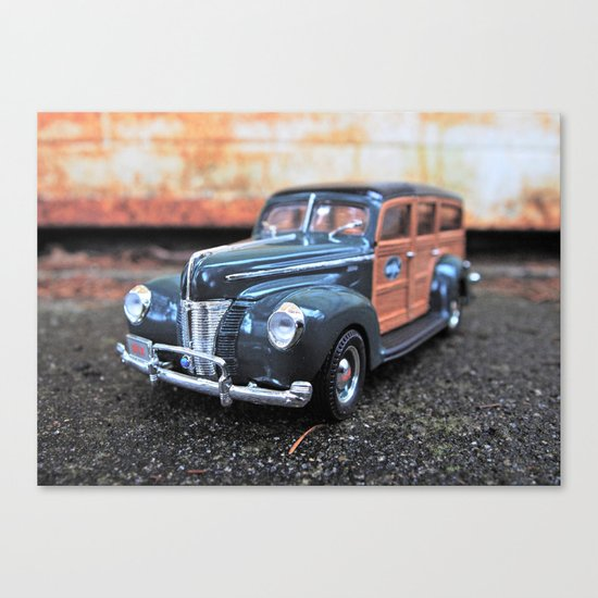 Woody details Canvas Print
