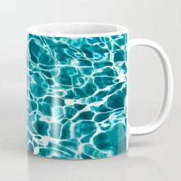 Breaking the waves Coffee Mug