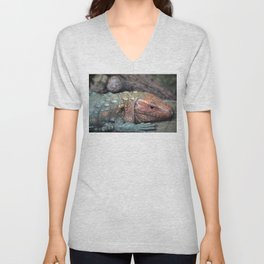 Northern Caiman Lizard Unisex V-Neck