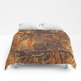 rusty,vintage,watering can Comforters