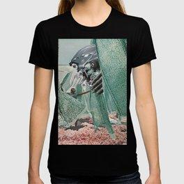 Hineni T-shirt