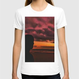 Watching the Sun go down T-shirt