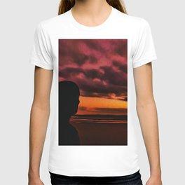 Watching the Sun go down T-shirt