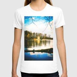 Möhne Reservoir Lake Tower bright T-shirt