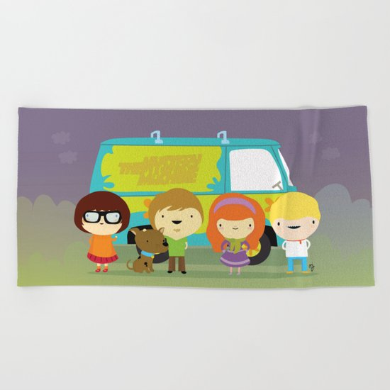 Little scooby characters Beach Towel