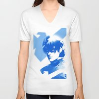 nightwing V-neck T-shirts featuring Nightwing Gradient #01 by markclarkii