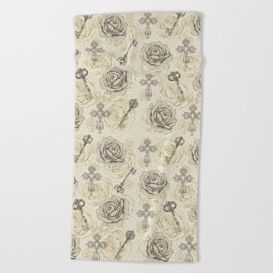 Roses & keys Beach Towel
