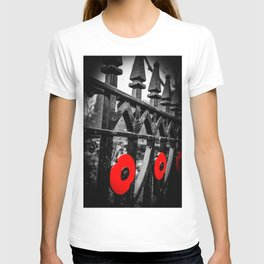 poppy rails T-shirt