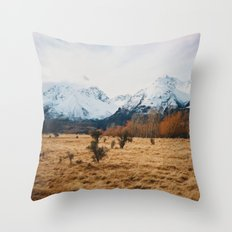 Peaceful New Zealand mountain landscape Throw Pillow