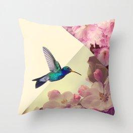 Hummingbird in love Throw Pillow