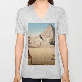 Vintage Pyramid : Grand Pyramid Gizeh Egypt 1895 Unisex V-Neck