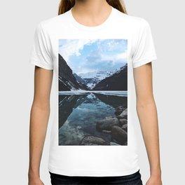 Lake Louise at sunset T-shirt