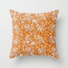 Trompe-l'œil - Starfruit vs. Autumn Throw Pillow
