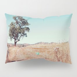 Outback Gate Pillow Sham