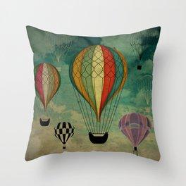 1er vuelo Aerostático en España Throw Pillow
