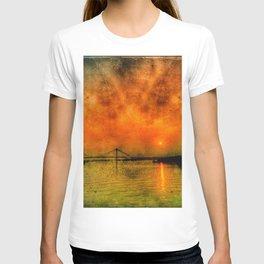 River Hugli - India T-shirt