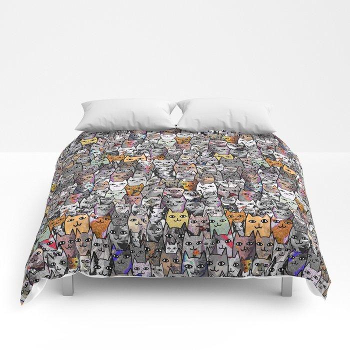 Gemstone Cats - Gold Comforters
