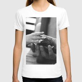 Childhood memories b/w T-shirt