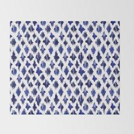 Shaking ultramarine Throw Blanket