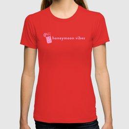 Honeymoon Vibes (pink) T-shirt