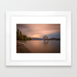 WANAKA TREE AUTUMN SUNSET - NEW ZEALAND - LANDSCAPE NATURE PHOTOGRAPHY Framed Art Print