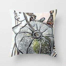 Gesicht/Blumen/Schmuck/brittmarks Throw Pillow