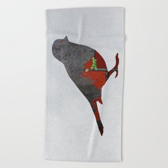 Little Garden Bird Beach Towel