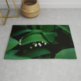 Lily Of the Valley With Large Green Leaves Rug