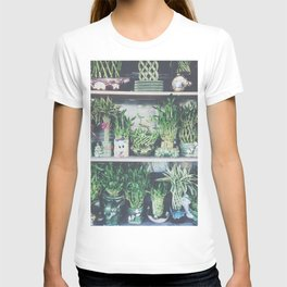 green bamboo plant in the vase pattern background T-shirt