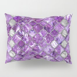 Quatrefoil Moroccan Pattern Amethyst and silver Pillow Sham
