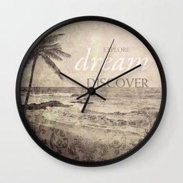 d r e a m Wall Clock