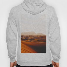 Minimalist Desert Landscape Sand Dunes With Distant Mountains Hoody