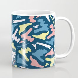 Memphis Style Camouflage Shapes Seamless Vector Pattern, Drawn Coffee Mug