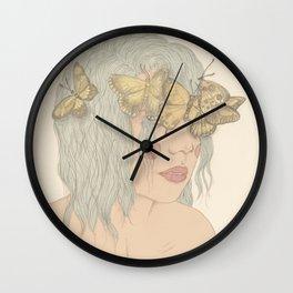 Pálido Invierno Wall Clock