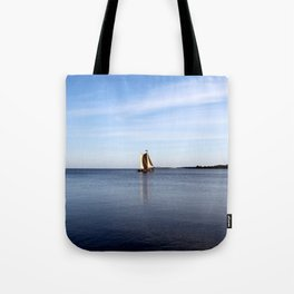 nida Tote Bag