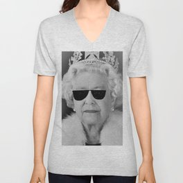 BE COOL - The Queen Unisex V-Neck