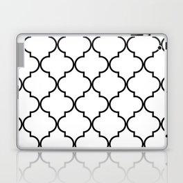 Quatrefoil - black on white Laptop & iPad Skin