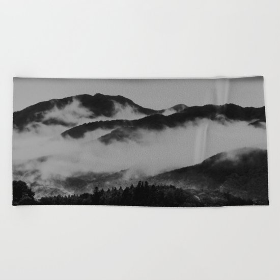 Comfort Clouds (Japan) Beach Towel