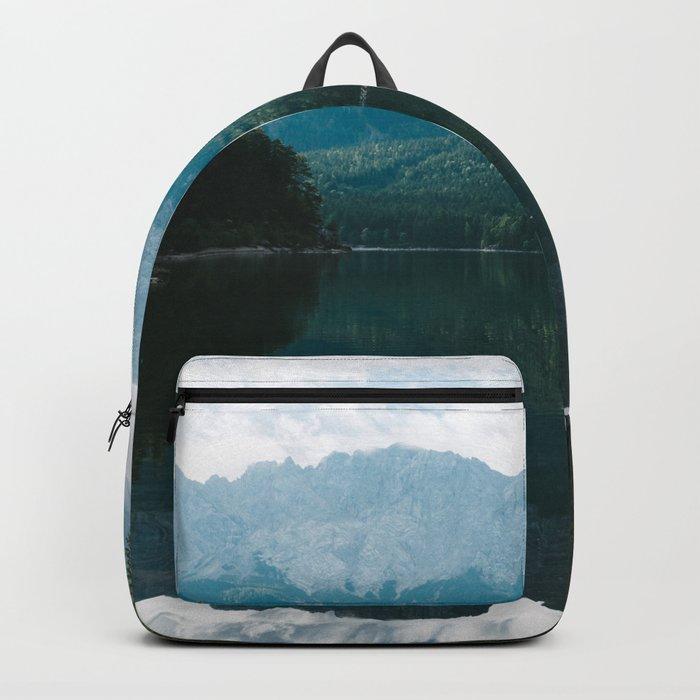 Looks like Canada II - Landscape Photography Backpack
