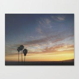 Santa Monica sets Canvas Print
