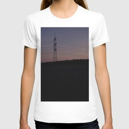 Silhouette of electrical towers T-shirt