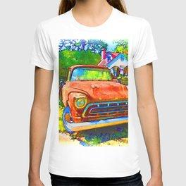 Antique tow truck T-shirt