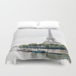 eiffel tower / paris, france Duvet Cover