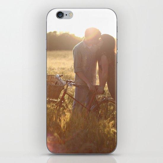 Love story. iPhone & iPod Skin