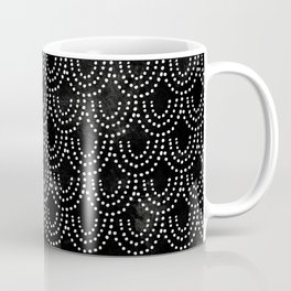 Dotted Scallop in Black Coffee Mug