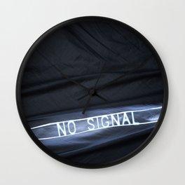NO SIGNAL Wall Clock