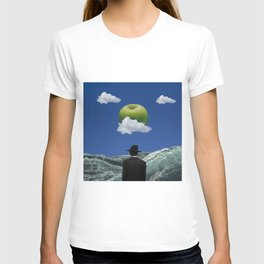 Apple Magritte T-shirt